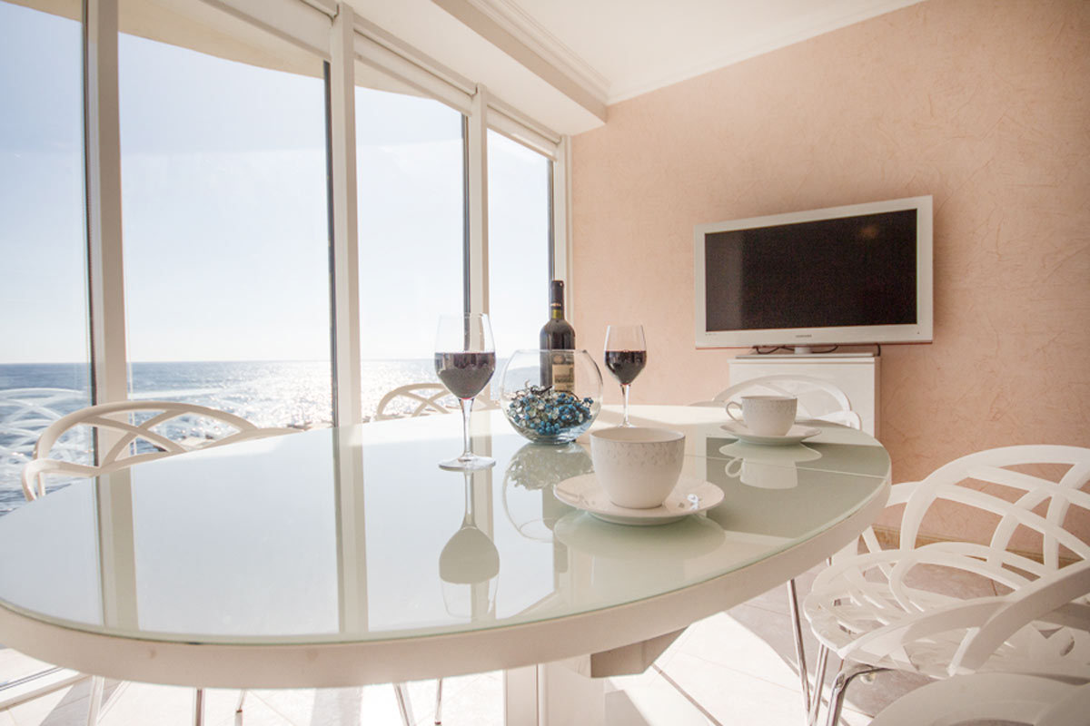 Квартира на побережье